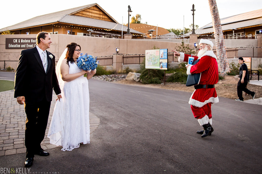 santa clause - funny - santa - st. nick - Christmas - christmas at the phoenix zoo - zoo lights - bride and father of the bride - father - father of the bride - ceremony - phoenix zoo - weddings - wedding - weddings at the phoenix zoo - phoenix zoo wedding - benandkellyphotography