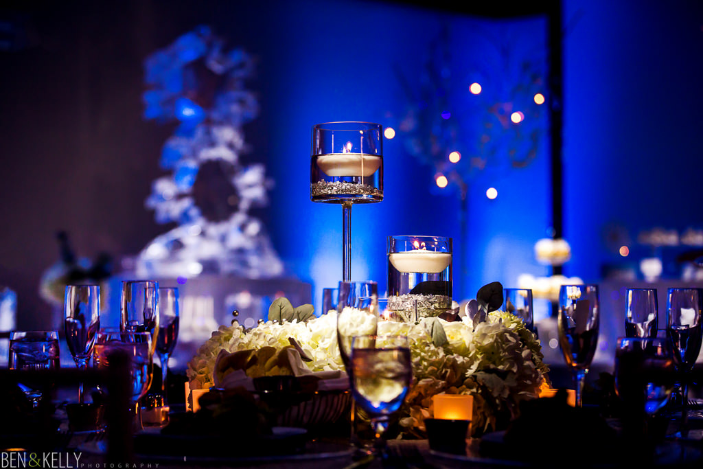 wedding reception at the phoenix zoo - wedding reception - winter - winter wonderland - candles - phoenix zoo - weddings - wedding - weddings at the phoenix zoo - phoenix zoo wedding - benandkellyphotography