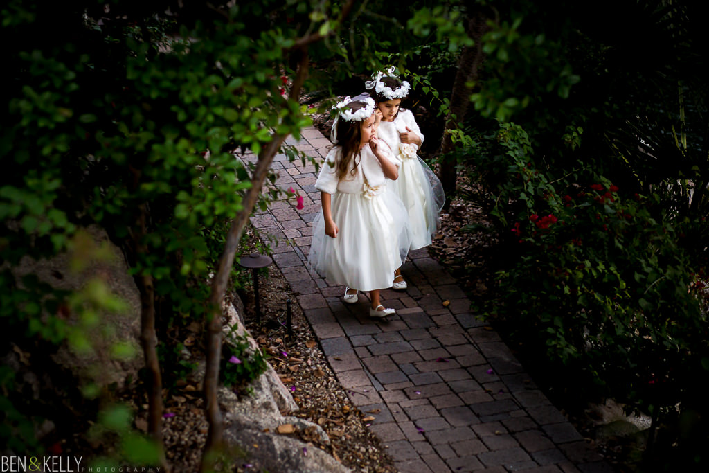 flower girls in the garden at the phoenician - benandkellyphotography