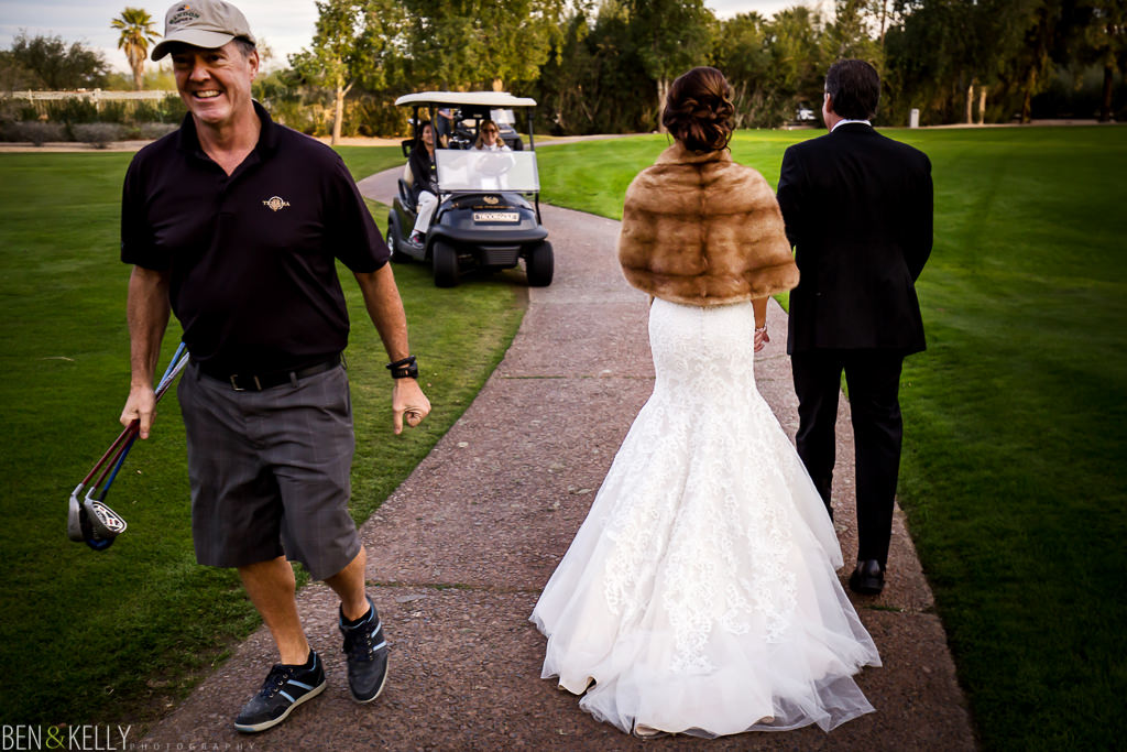 bride and groom and golfer at the phoenician - wedding portraits at the phoenician - benandkellyphotography