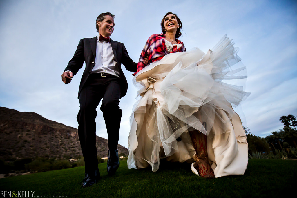 fun wedding portrait at the phoenician - wedding at the phoenician - benandkellyphotography