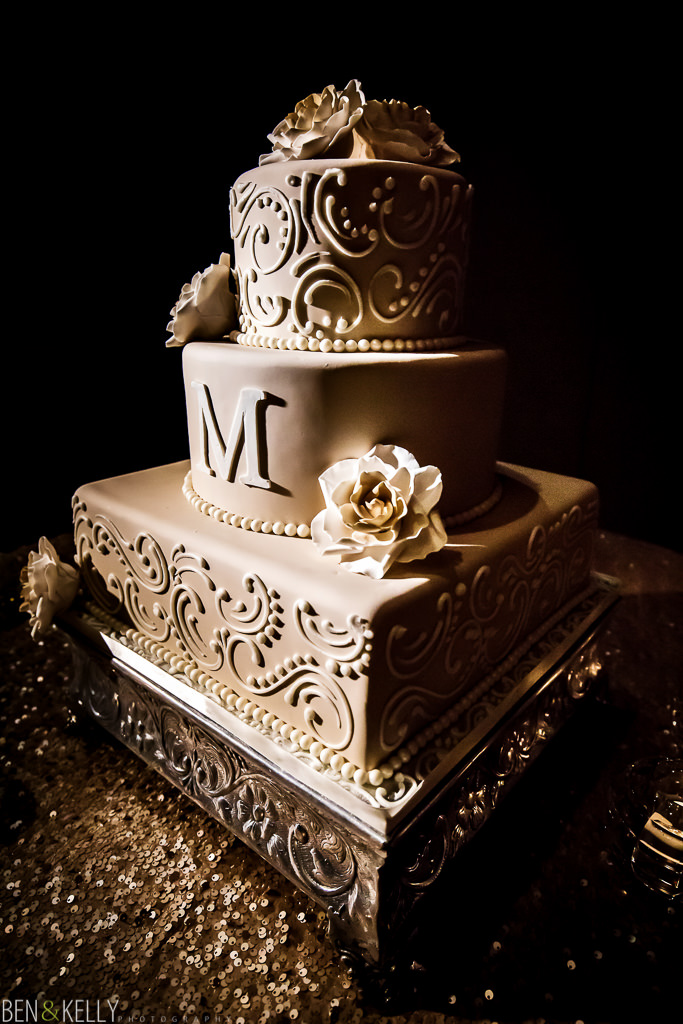 wedding cake at the phoenician - wedding reception at the phoenician - benandkellyphotography