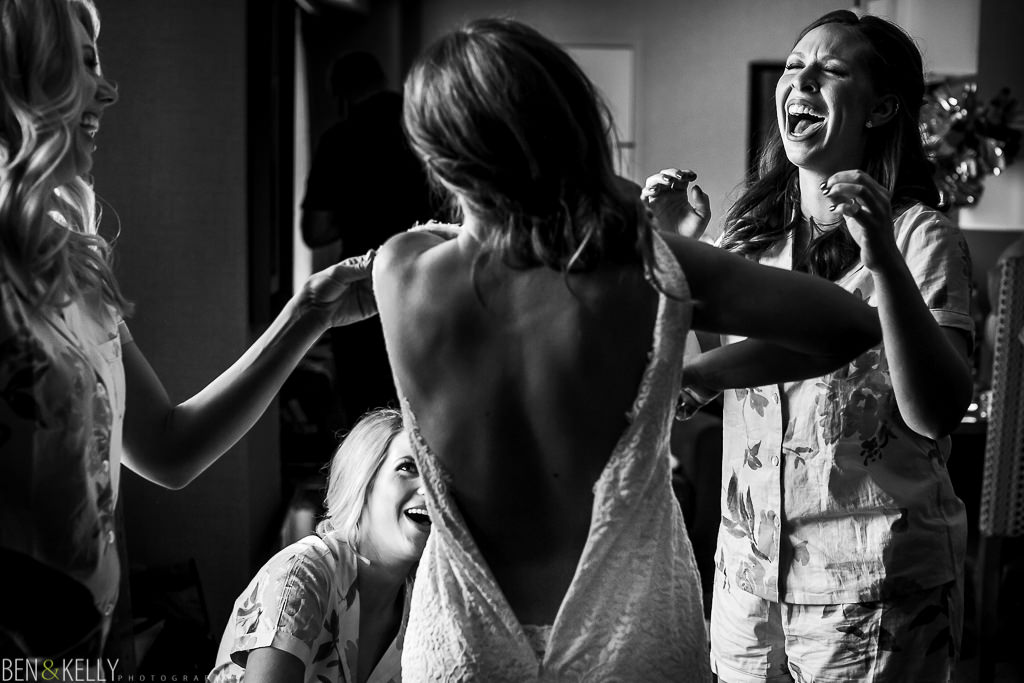 funny bridal party - Ben and Kelly Photography