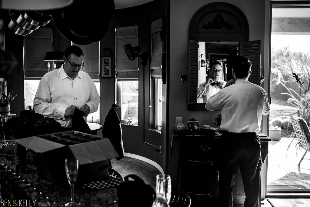 grooms getting ready - suit and tie - scottsdale - ben and kelly photography