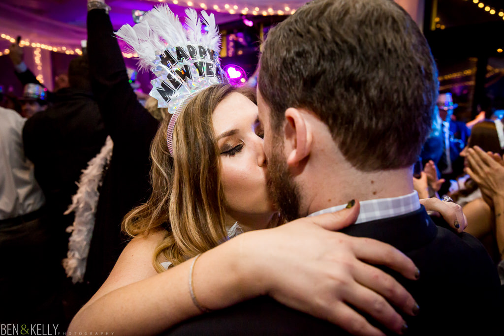 new years kiss - new years wedding - ben and kelly photography
