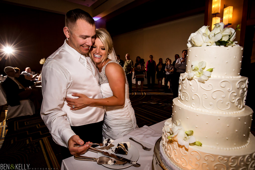 cake cutting - Fairmont Princess - Ben & Kelly Photography