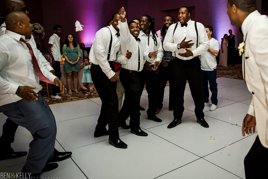 garter toss - chateau luxe - Ben and Kelly Photography
