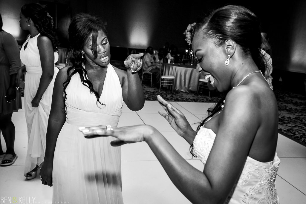 reception dancing - chateau luxe - Ben and Kelly Photography